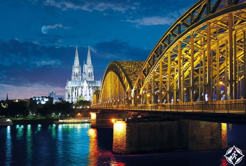 كولونيا - افضل مناطق سياحية في المانيا