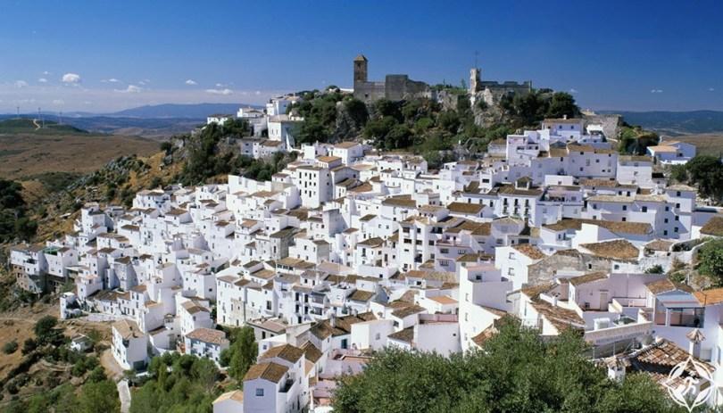 كاساريس، أسبانيا