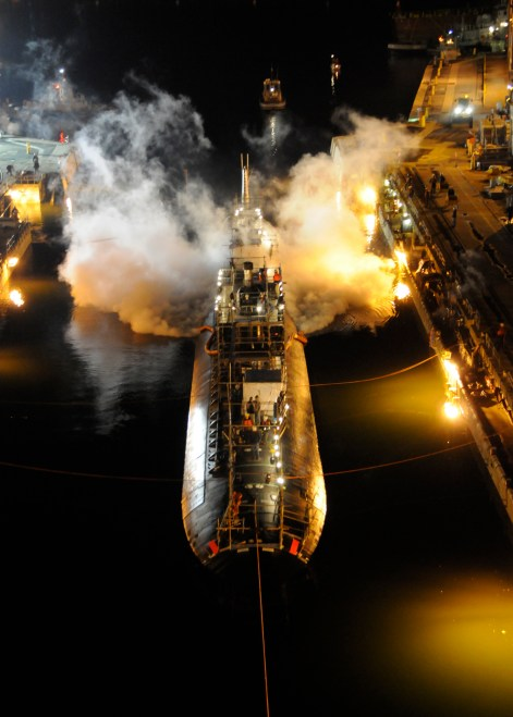 NCIS Arrests Yard Worker for USS Miami Arson