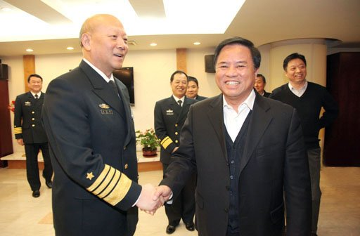 Adm. Wu Shengli, PLAN Commander (Left) and Liu Cigui, SOA Director (Right) in Feburary, SOA photo