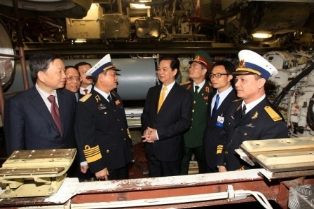 Shipyard: First of Vietnam's Quiet Subs from Russia to Deliver in November