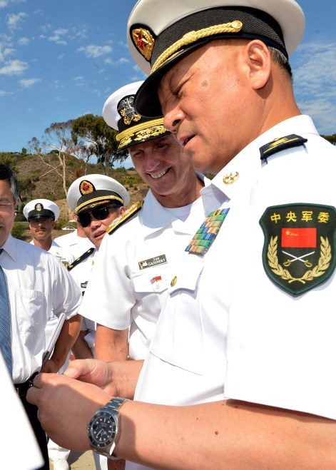 CNO Meets with Commander of Chinese Navy