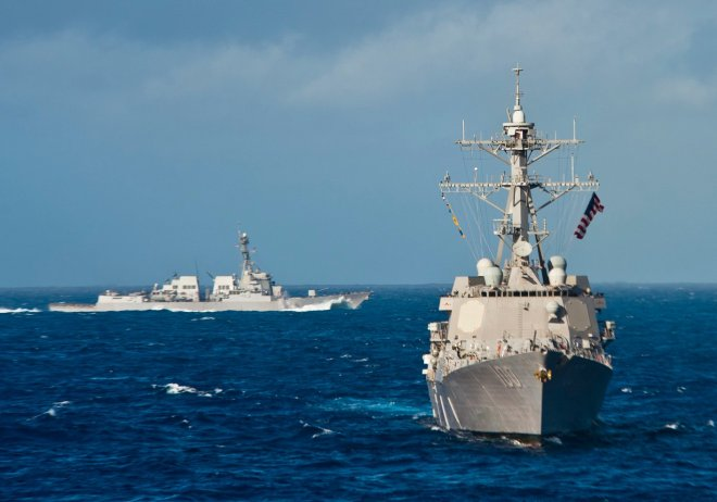 Two U.S. Navy Destroyers Assist in Search for Missing Malaysian Airliner