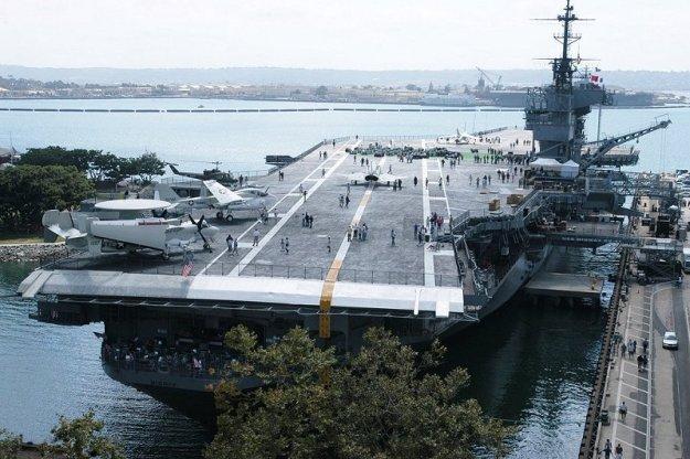 USS Midway Museum (CV-41).