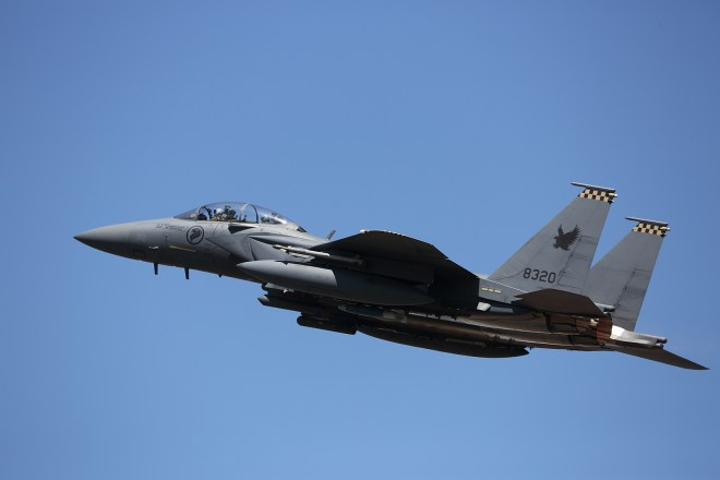 Singapore Quietly Expanding Fighter Force