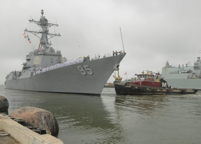 Destroyer Williams Returns to Norfolk Following Troubled Deployment