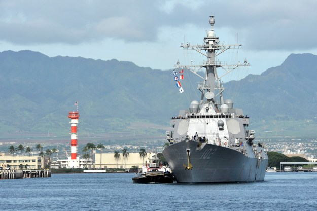 USS Sampson (DDG-102) arrives at Joint Base Pearl Harbor-Hickam on Nov. 6, 2014. US Navy Photo