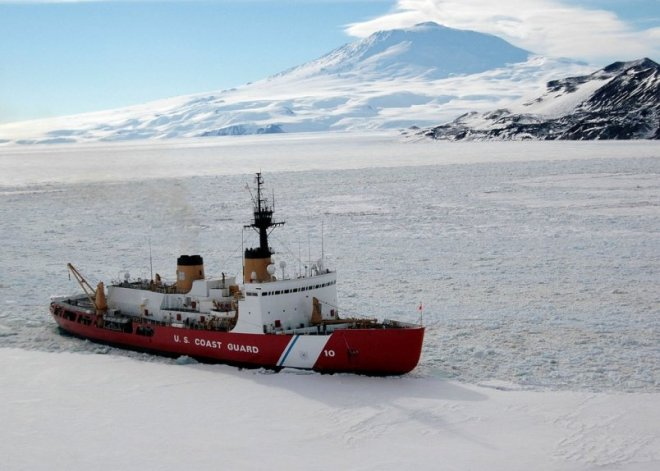 Coast Guard Analysis Says U.S. Needs 3 Heavy and 3 Medium Icebreakers, Path to Ships Unclear