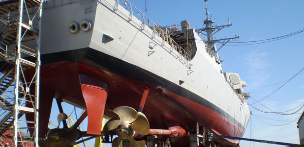 Arleigh Burke-class guided missile destroyer (DDG-51) under construction. HII Photo