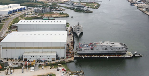 Trenton (JHSV-5) launching from Austal USA's shipbuilding facility in Mobile, Ala. in late 2014. Austal USA Photo