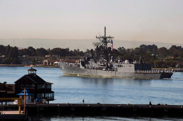 USS Gary (FFG-51) arrives at Naval Station San Diego, Calif. after completing its final deployment. US Navy Photo
