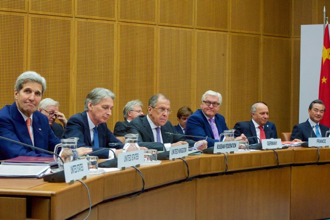 Expert Panel Bullish on Iran Nuclear Deal