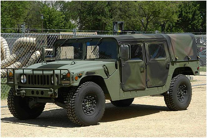 AM General HMMWV Humvee Light Truck (U.S.)