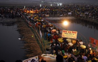 18 killed in Patna stampede during Chhath