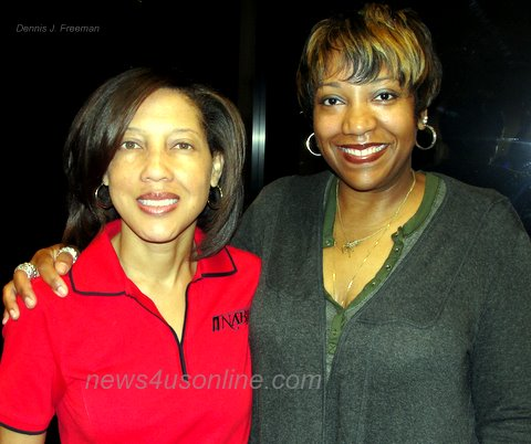 National Association of Black Journalist President Kathy Times with Los Angeles broadcast journalist Lisa Cox at a recent meeting with members of Black Journalists of Southern California./Dennis J. Freeman/news4usonline.com