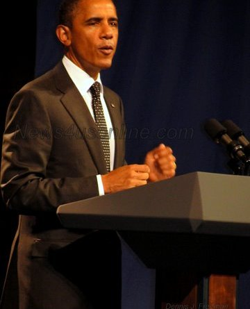 President Barack Obama talk jobs at the House of Blues in Hollywood./Photo: Dennis J. Freeman