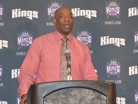 Sacramento Kings coach Keith Smart addresses the media after his team defeated the Los Angeles Clippers. Photo Credit: Dennis Freeman Jr./News4usonline.com