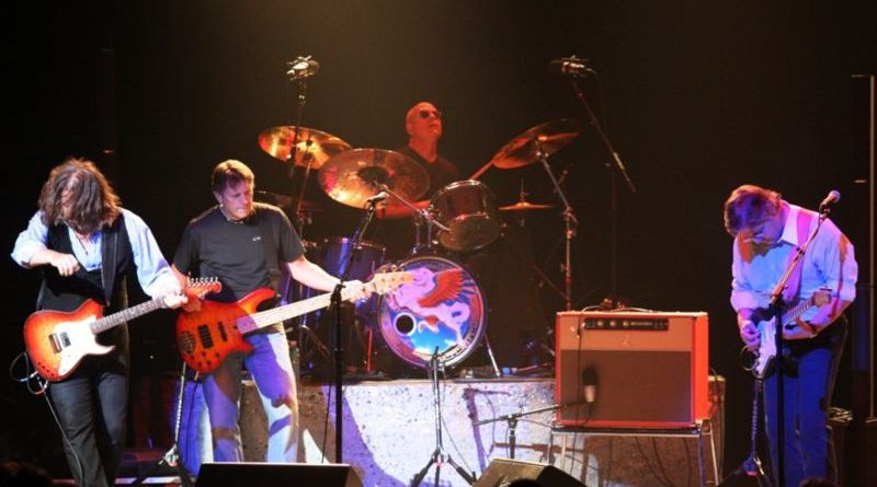 Steve Miller Band rocks the Greek