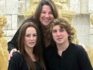 mara steves and her family