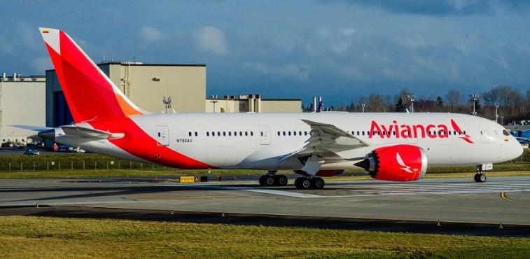 Avianca B787 N780AV 900px