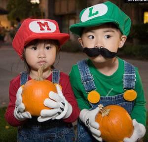 Halloween costume mario bros