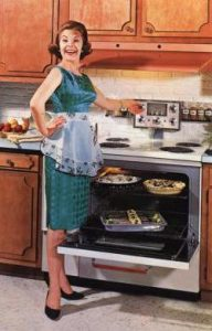 suzy-homemaker-toy-oven-story-2