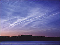 Nubes noctilucentes  Foto: Tom Eklund, NASA
