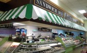 The Ponce Town Center Supermax features a new deli and other services.