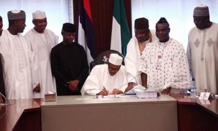 Buhari-signs-budget