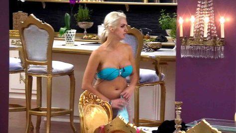Tag1_Natalia_Bikini3