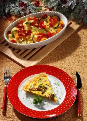 Überbackene Nudeln mit Kürbis-Zucchini-Paprika-Gemüse Foto: Wirths PR