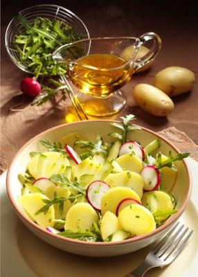 Kartoffelsalat mit Rucola (für Diabetiker) Foto: Wirths PR