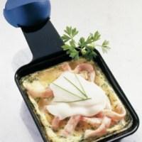 Raclette mit Rührei und Lachs