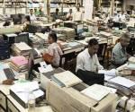 govt-employee-office-759