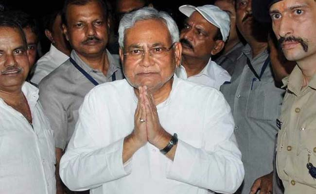 nitish-kumar-folded-hands-after-quitting-pti-650_650x400_81501080975