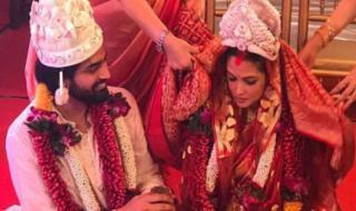 Riya-sen-Married-with-her-boyfriend-shivam-tiwari