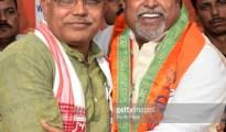 KOLKATA, WEST BENGAL, INDIA - 2017/11/06: Dilip Ghosh (left) welcomes Mukul Roy (right) during the press meet at Bharatiya Janta Party (BJP) state office in Kolkata.Former Trinamool Congress leader Mukul Roy arrives at Bharatiya Janta Party (BJP) Kolkata office after joining the BJP on November 6, 2017 in Kolkata. (Photo by Saikat Paul/Pacific Press/LightRocket via Getty Images)
