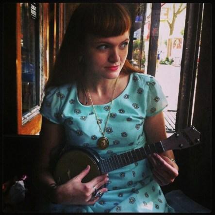 Lilly Vanek Banjolele