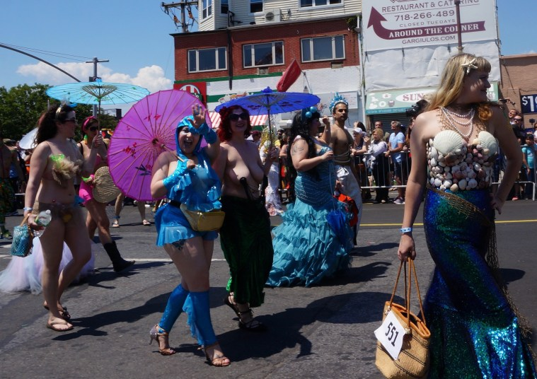 coney island mermaid parade 5