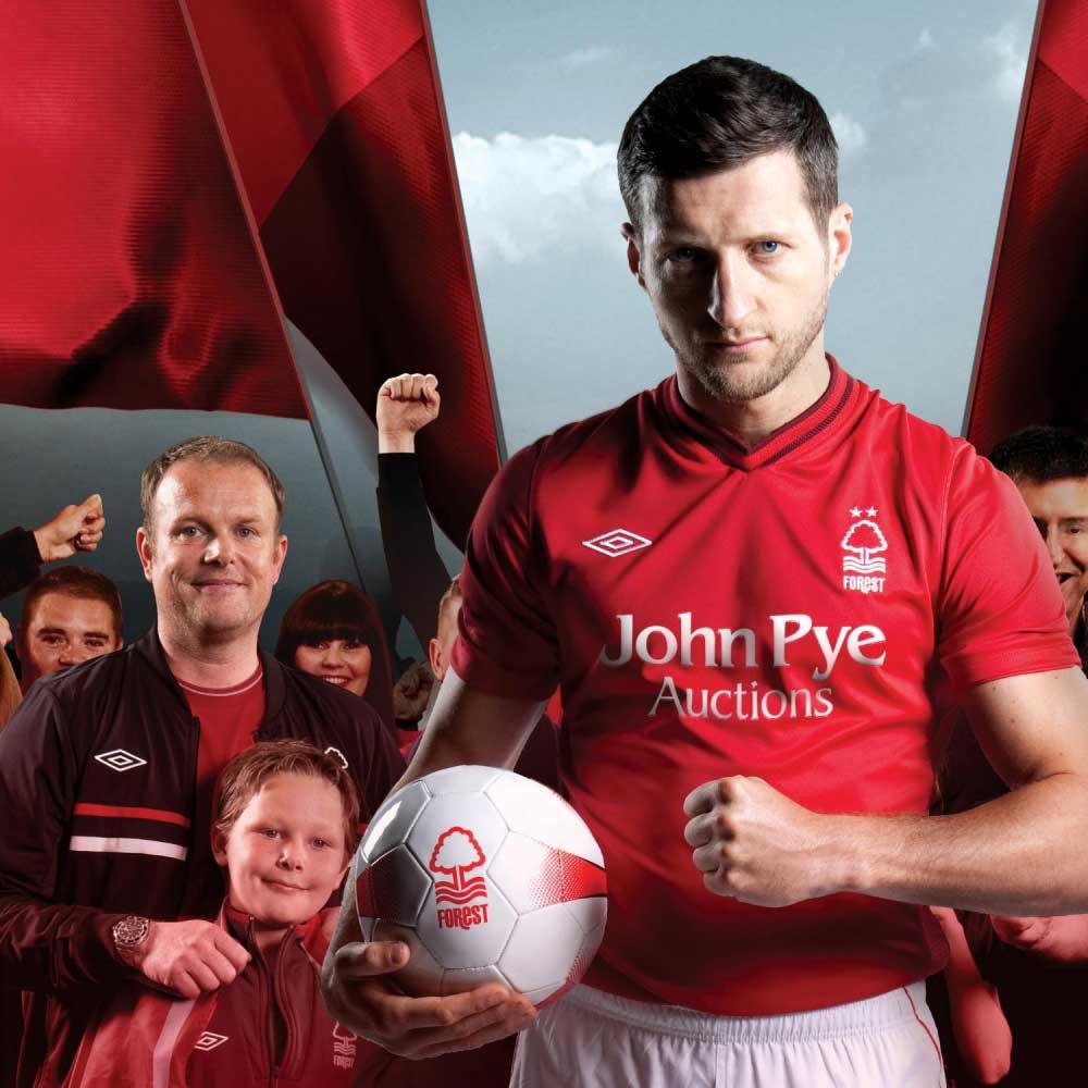 Kitbag: Nottingham Forest Campaign