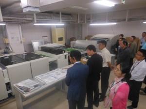 水なしCTPプレートの出力工程のほか、印刷・後加工工程での対策や工夫について説明を受けた