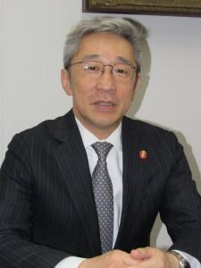 滝澤光正委員長