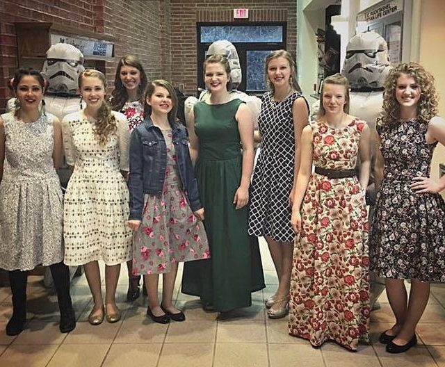 Sewing Dresses – New Look 6341