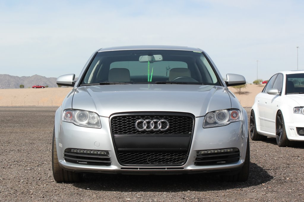 Audi RS4 Grille