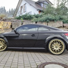 2016 Audi TT on KW Coilovers & Gold BBS Wheels