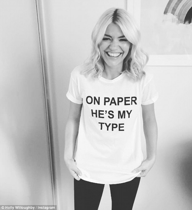 Holly Willoughby Shares Her Love For Love Island By Sharing Slogan Top