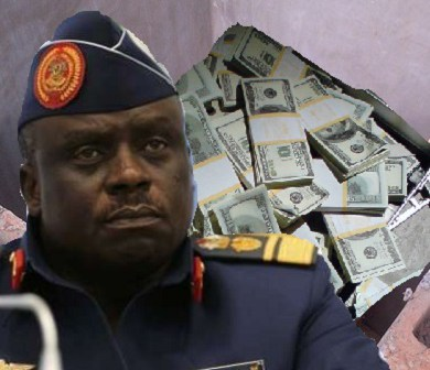 EFCC Recovers $1m in 'Soak-away' At Ex-Air Chief Amosu's House In Badagry