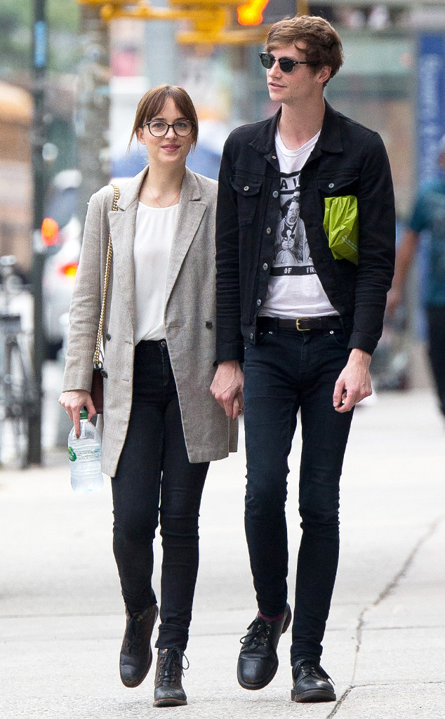 Dakota Johnson&Matthew Hitt