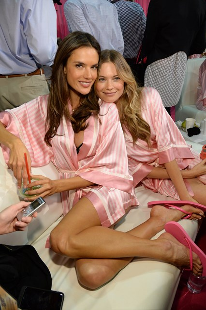 Behind the secene of 2015 Victoria's Secret Show