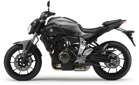 2014-Yamaha-MT-07-EU-Matt-Grey-Studio-006